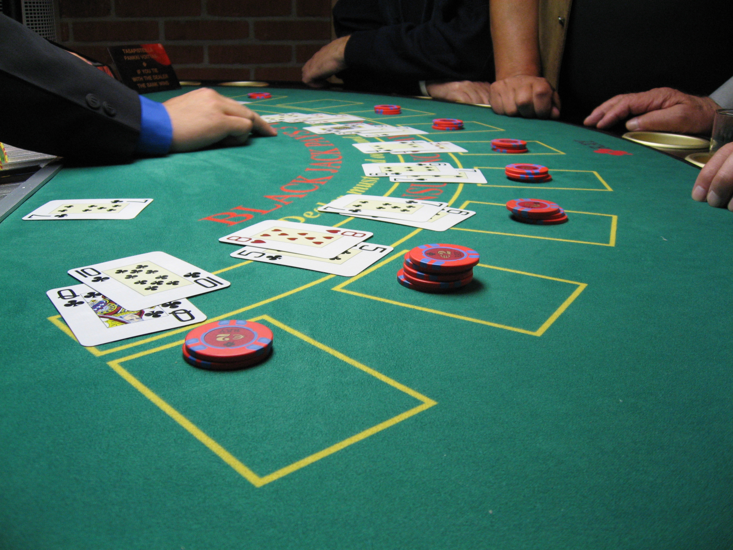 online casino or blackjack